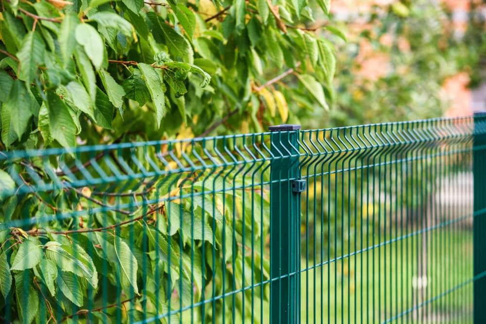 clôture métallique pvc